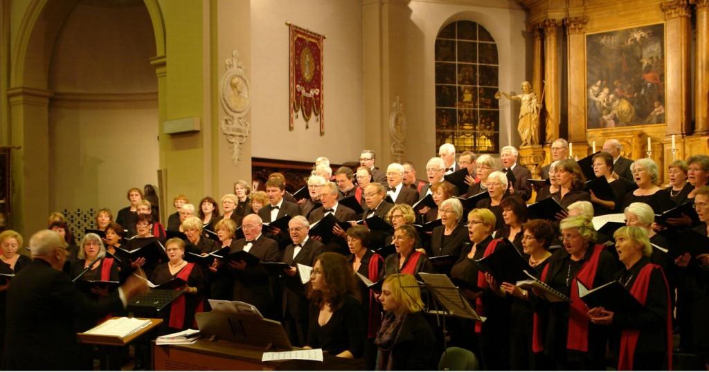 Begeisterndes-Konzert-des-Kammerchors-gemeinsam-mit-Trivium-Cantans-in-Brassschaat-1024x538
